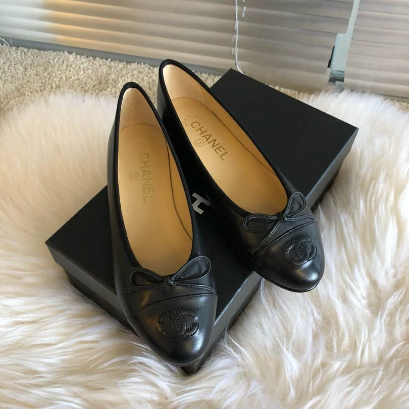CC 2018 Soft Leather Flat G02819 Y01552 94305 Women Shoes