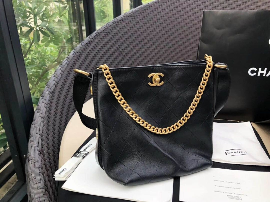 CC 18FW Vintage Black Small Bucket Bags Women Bags