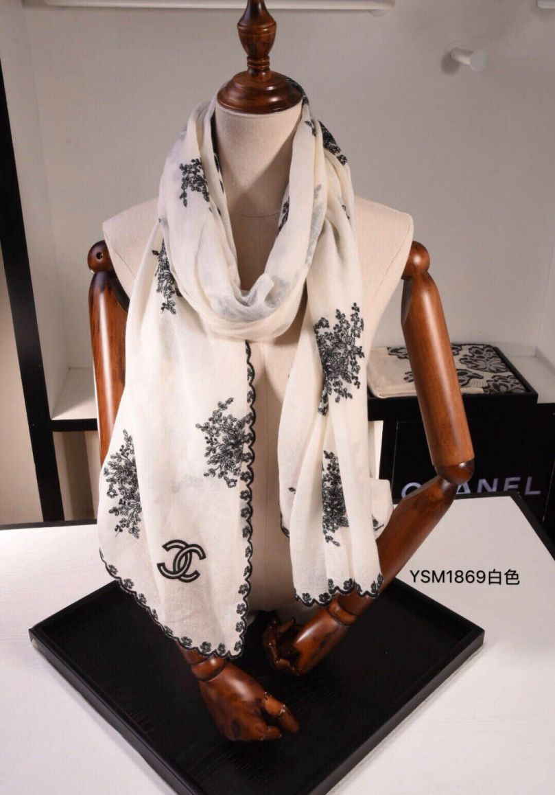 CC 2018 Silk Wool Embroidery Women Scarves