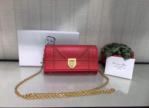 17 CD AMA RIVET LEATHER CHAIN BAGS RED