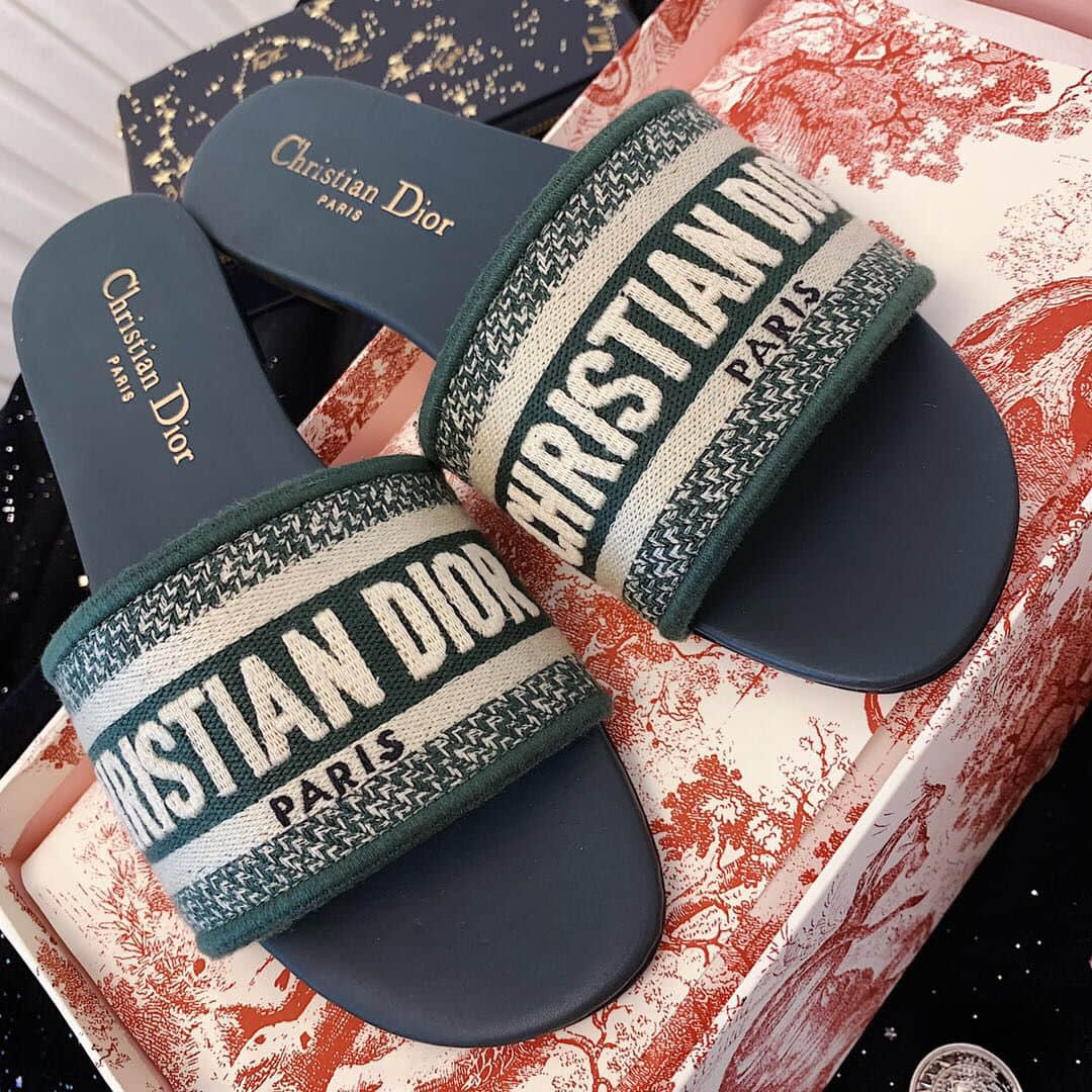 2019 EMBROIDERY SLIPPERS