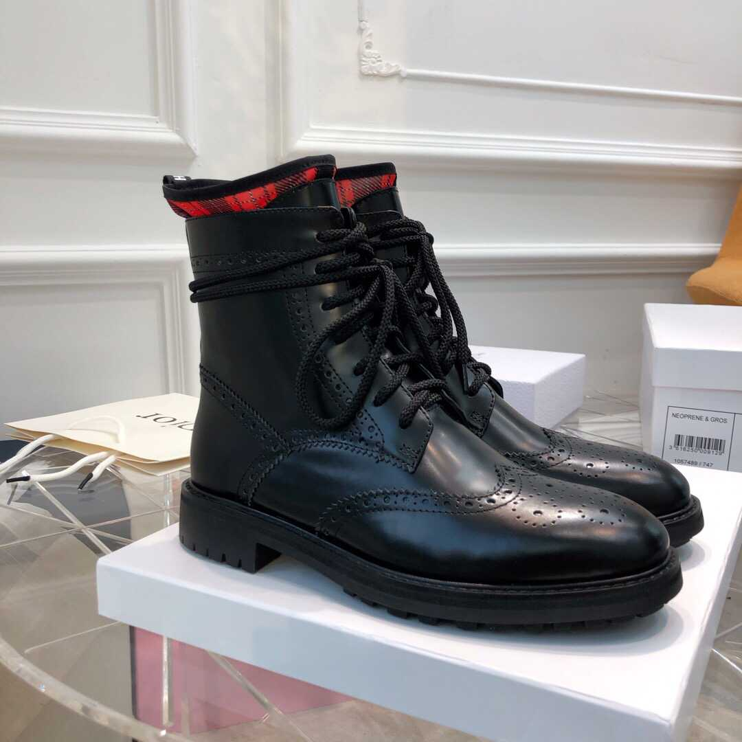 CD 2019 LEATHER CLASSIC MARTIN BOOTS