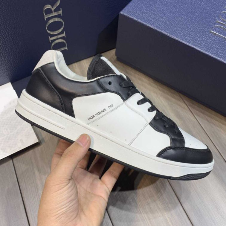 CD SUEDE LEATHER MEN B02 SNEAKERS