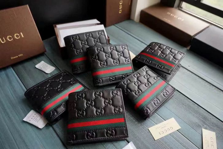 GG 2016 NEW 138042 GG Embossed Short Men Wallets