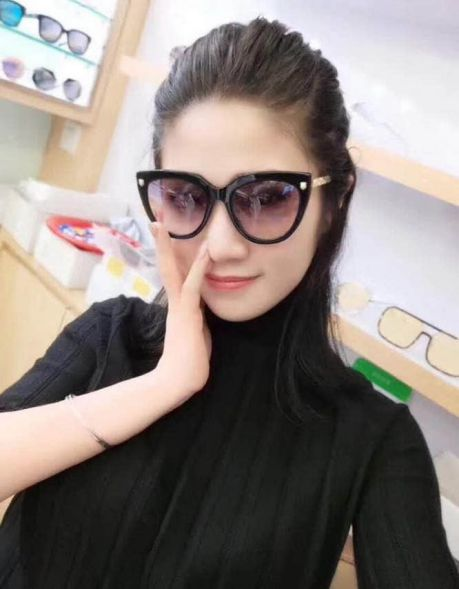 GG0218 SIZE53 20-145 Women Sunglasses