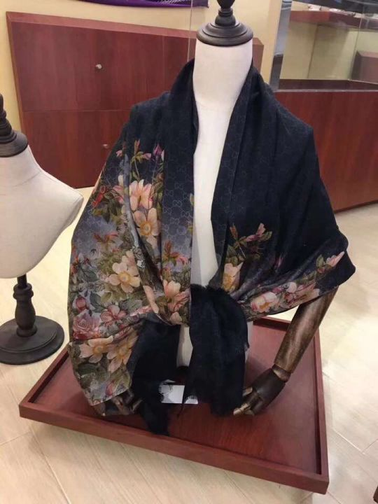 GG New 300 Silk Women Scarves
