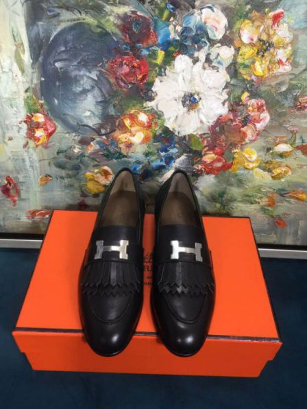 Hermes 18FW Women Leather Loafers