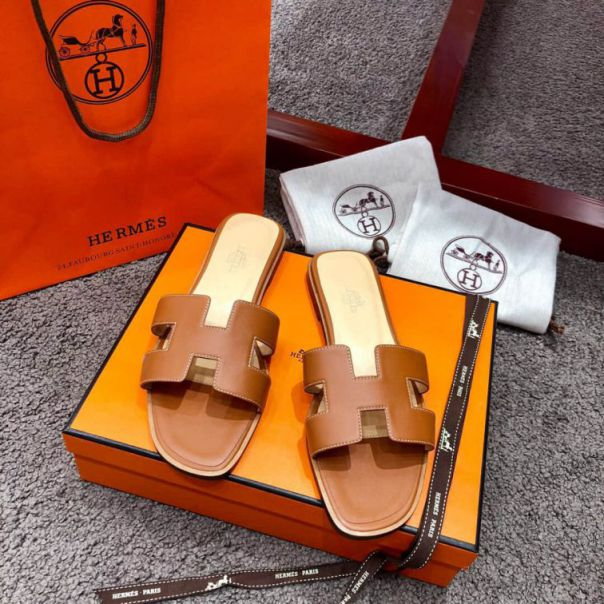 Hermes Leather Classic swift Women Slippers