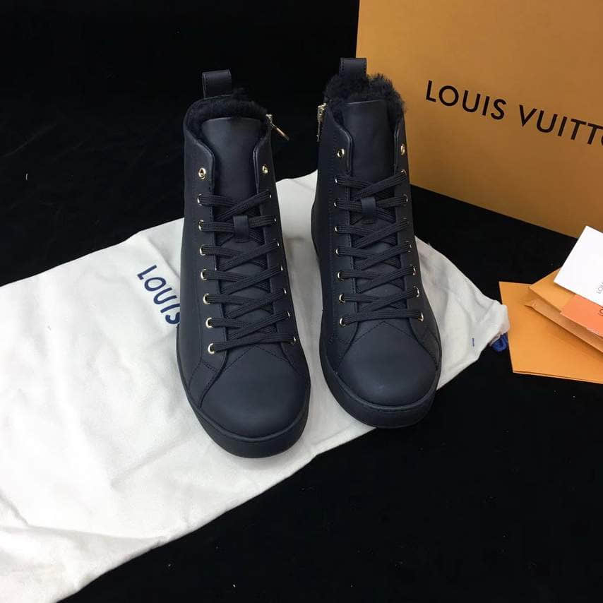 LV Men Leather Sneakers