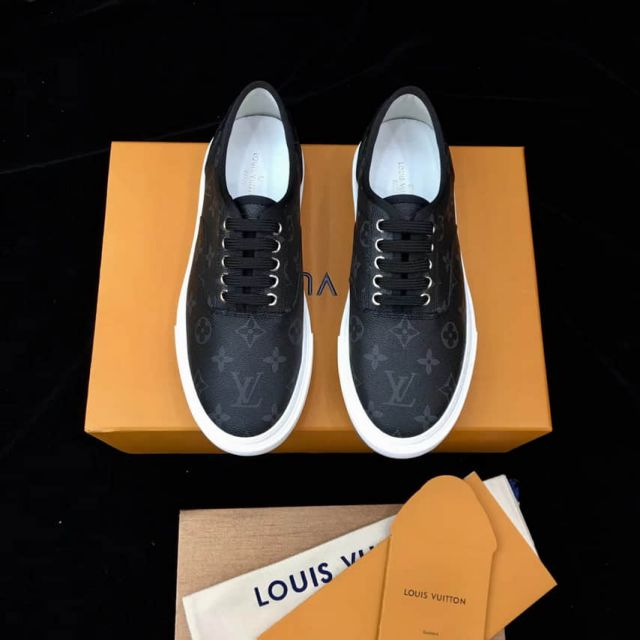 2018 LV Men Leather Sneakers