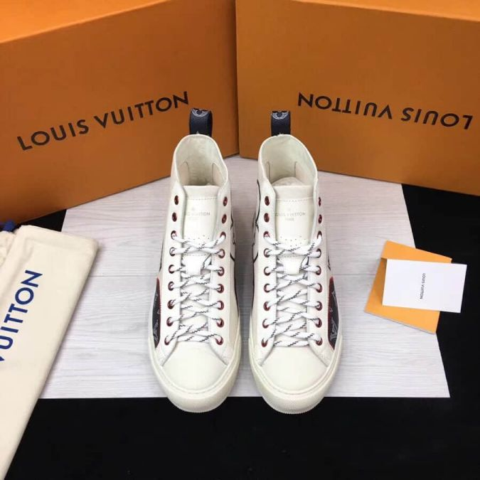 LV pvc Monogram Canvas Men Sneakers