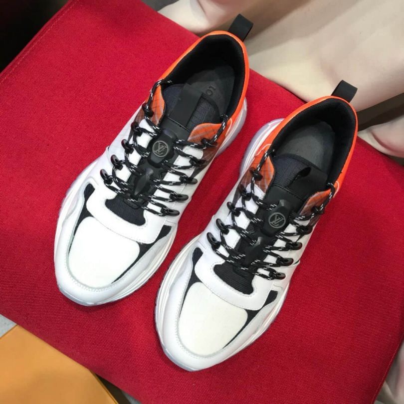 LV Canvas RUN AWAY PULSE Men Sneakers