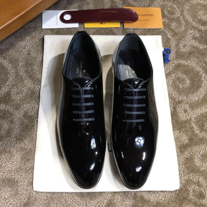 LV 2018ss GRENELLE Wing tip1A2BCZ Men Sandals