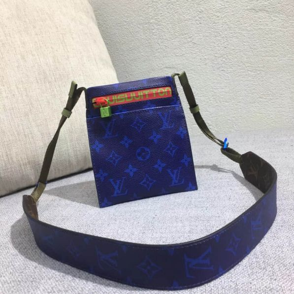 LV 2018 Blue Shoulder Bags