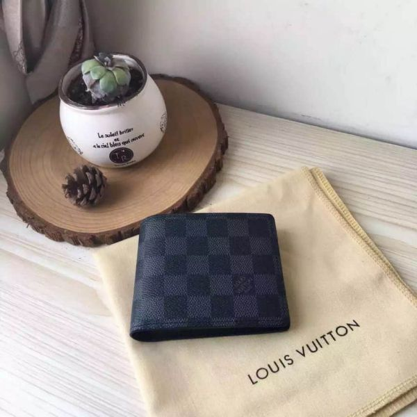 LV M60895 Men Black Short Wallets
