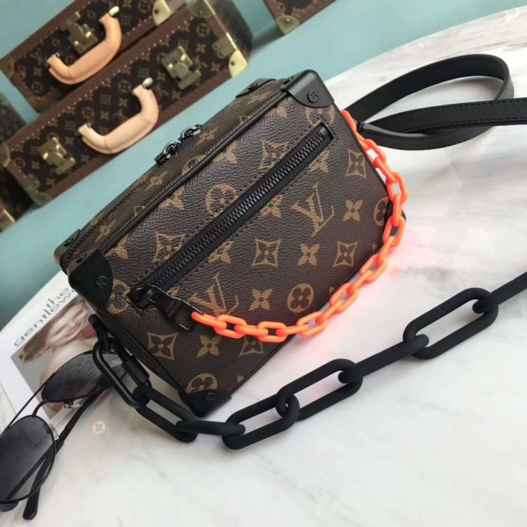 LV Mini Soft Trunk Chain M44480 Shoulder Bags