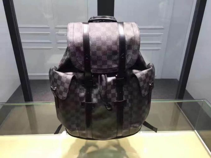 LV CHRISTOPHER Small Men N41379 Backpack Bags