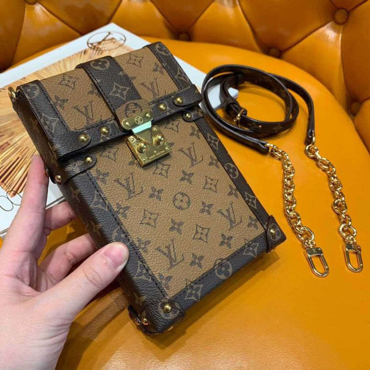 LV 2019 NEW TRUNK VERTICAL Chain M67873 Women Shoulder Bags
