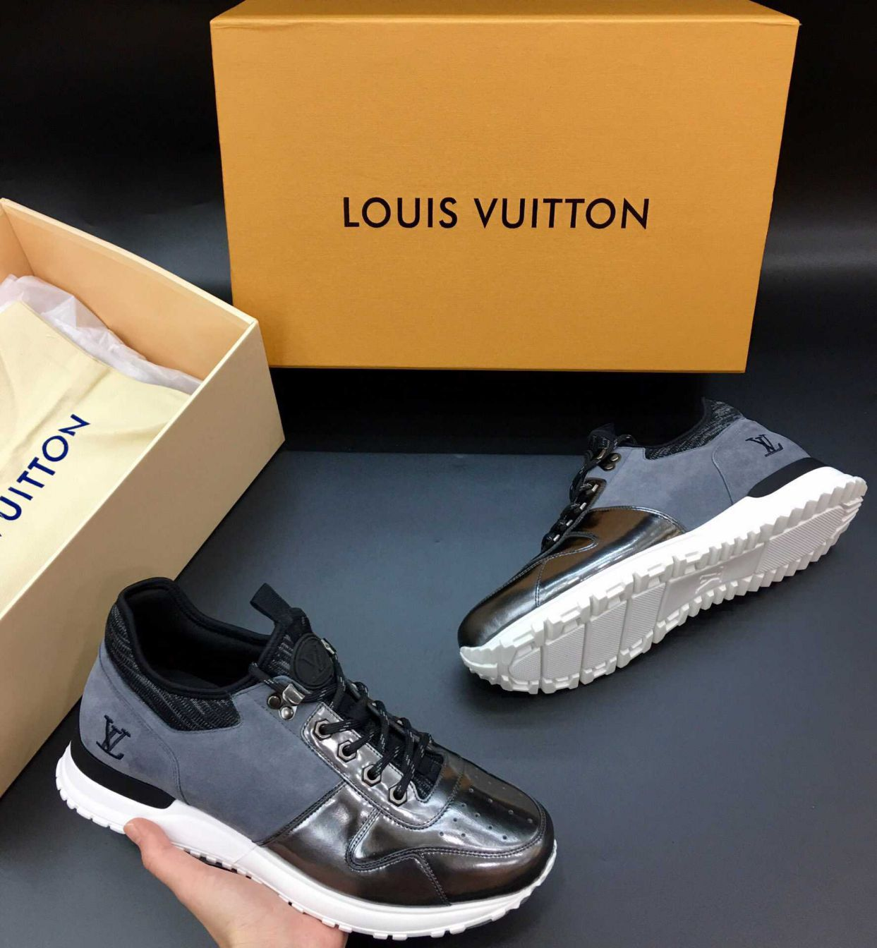 LV Embroidery Men Sneakers