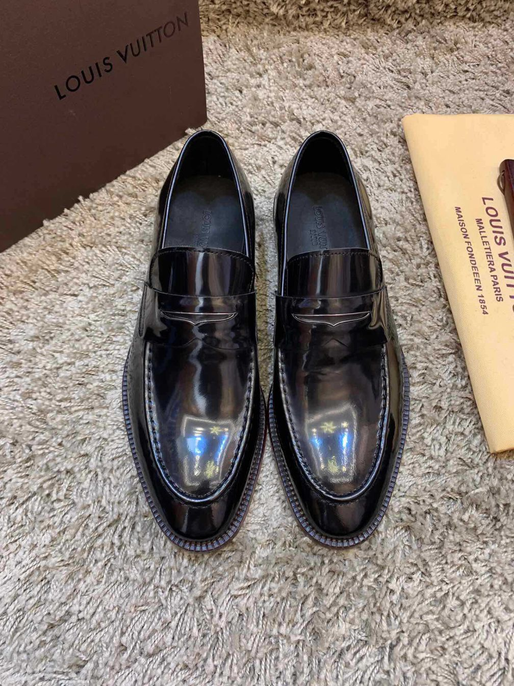 LV 2019 NEW Men Patent Leather Shoes