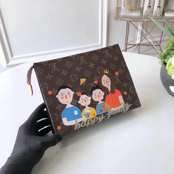 LV Clutch Bags Family 2018 26