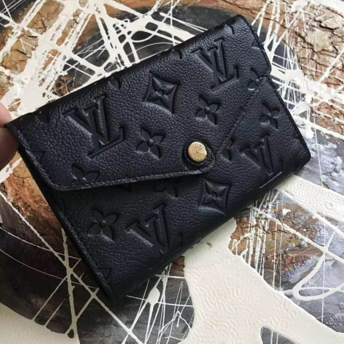 LV Wallets Curieuse M60568