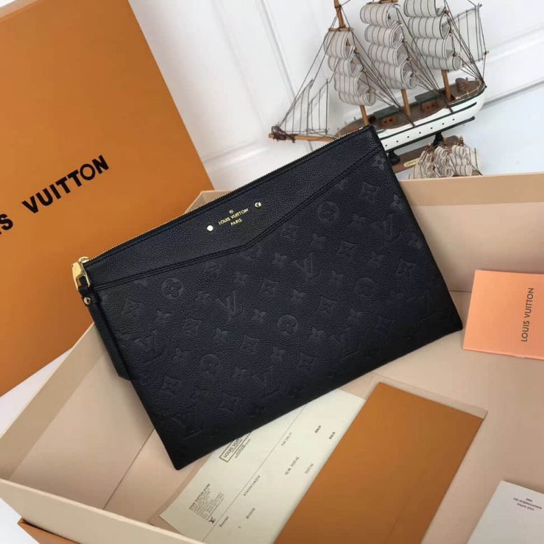 LV Clutch Bags 18 Daily M62937