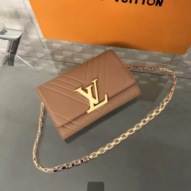 LV Shoulder Bags POCHETTE LOU*SE GM On Chain M54233