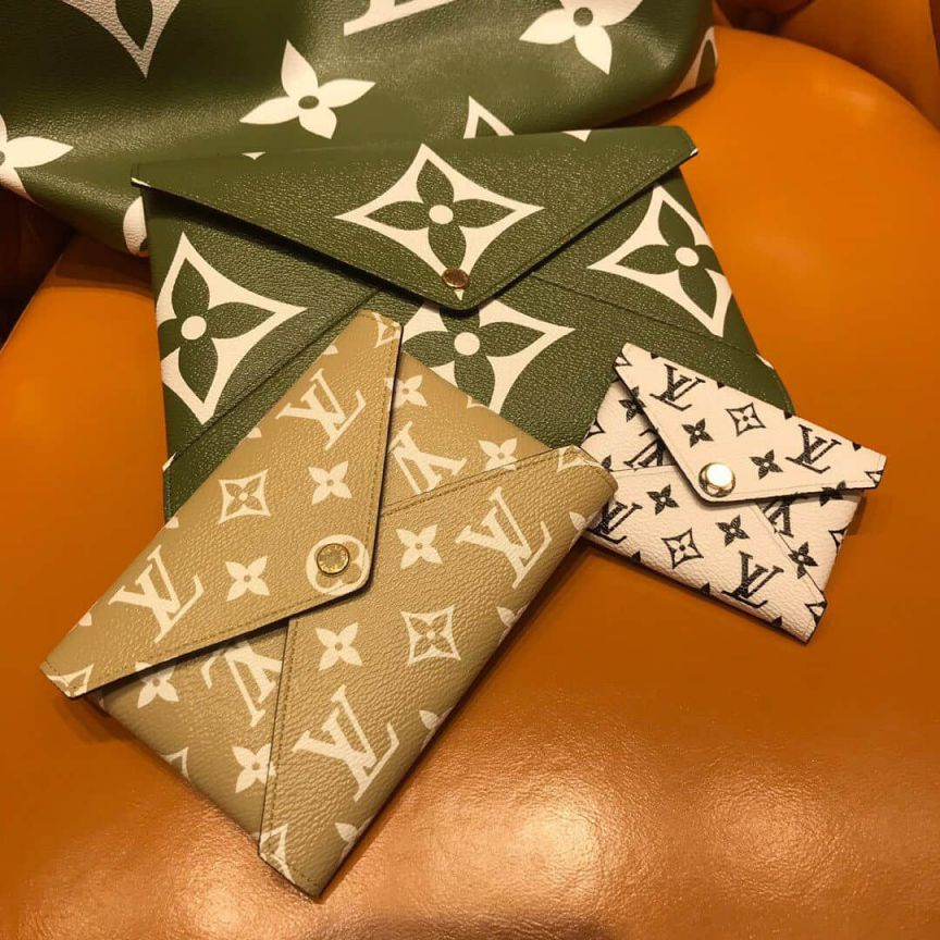LV Clutch Bags 2019 GIANT M67600