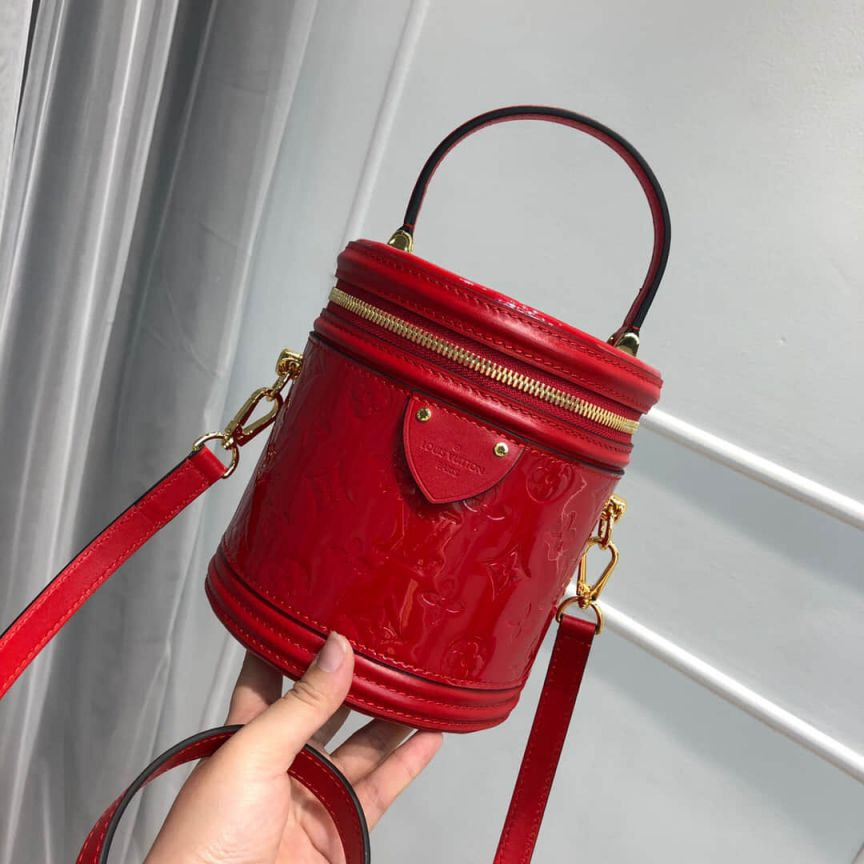 LV Bucket Bags 2019 Patent Leather Cannes M53998
