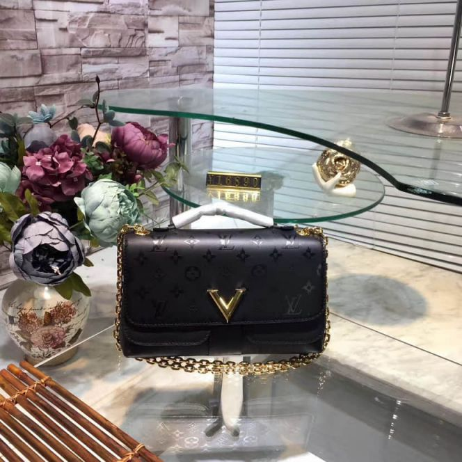 LV Shoulder Bags M42899 Very Chain Very V On Chain