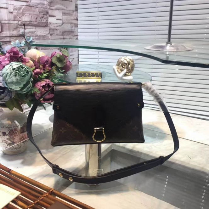 LV Shoulder Bags SAINT MICHEL M44030