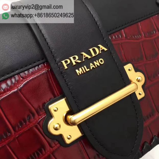 luxury deals: prada outlet