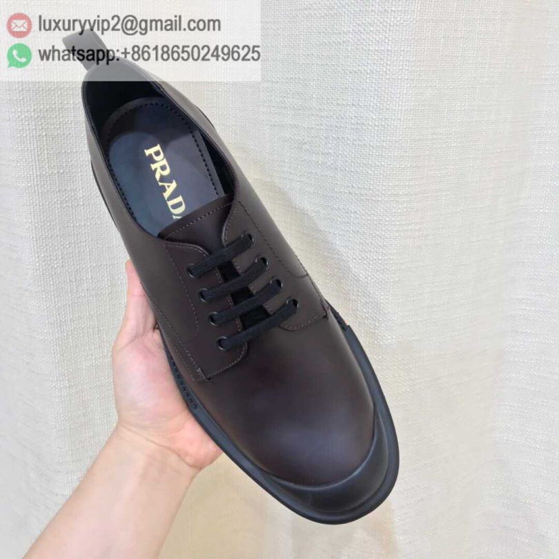 PRADA 19 Men Leather Shoes